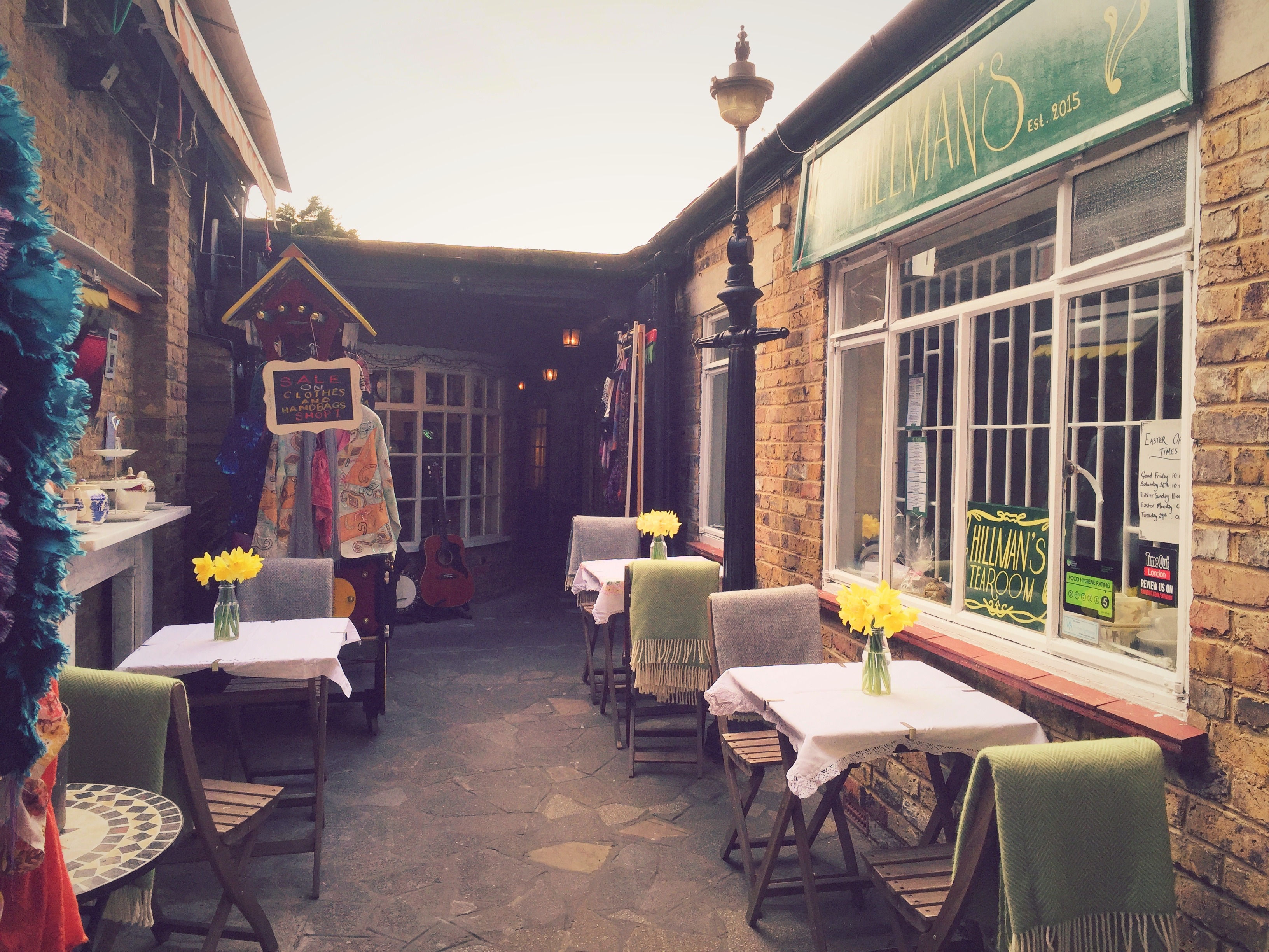 exterior-of-hillmans-tearoom