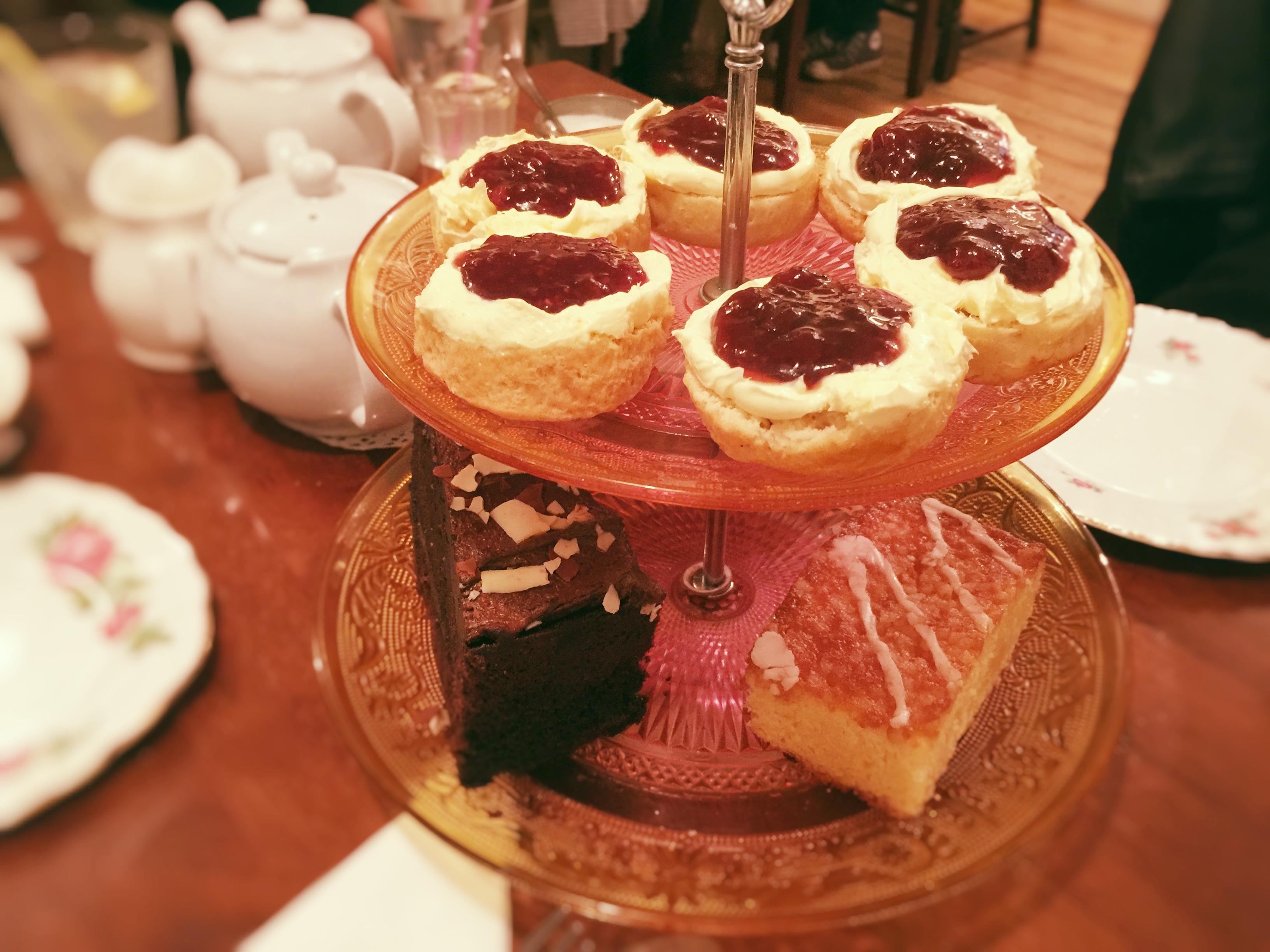 scones-and-cakes