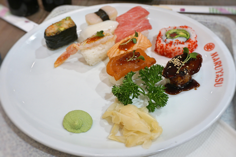 decent sushi in a decent city maruyasu in d sseldorf germany bibimbites. Black Bedroom Furniture Sets. Home Design Ideas